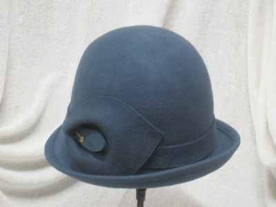 Wool Cloche w/pin